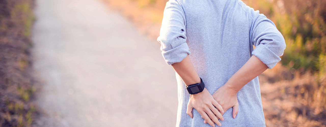 Chronic-joint-pain-can-be-debilitating